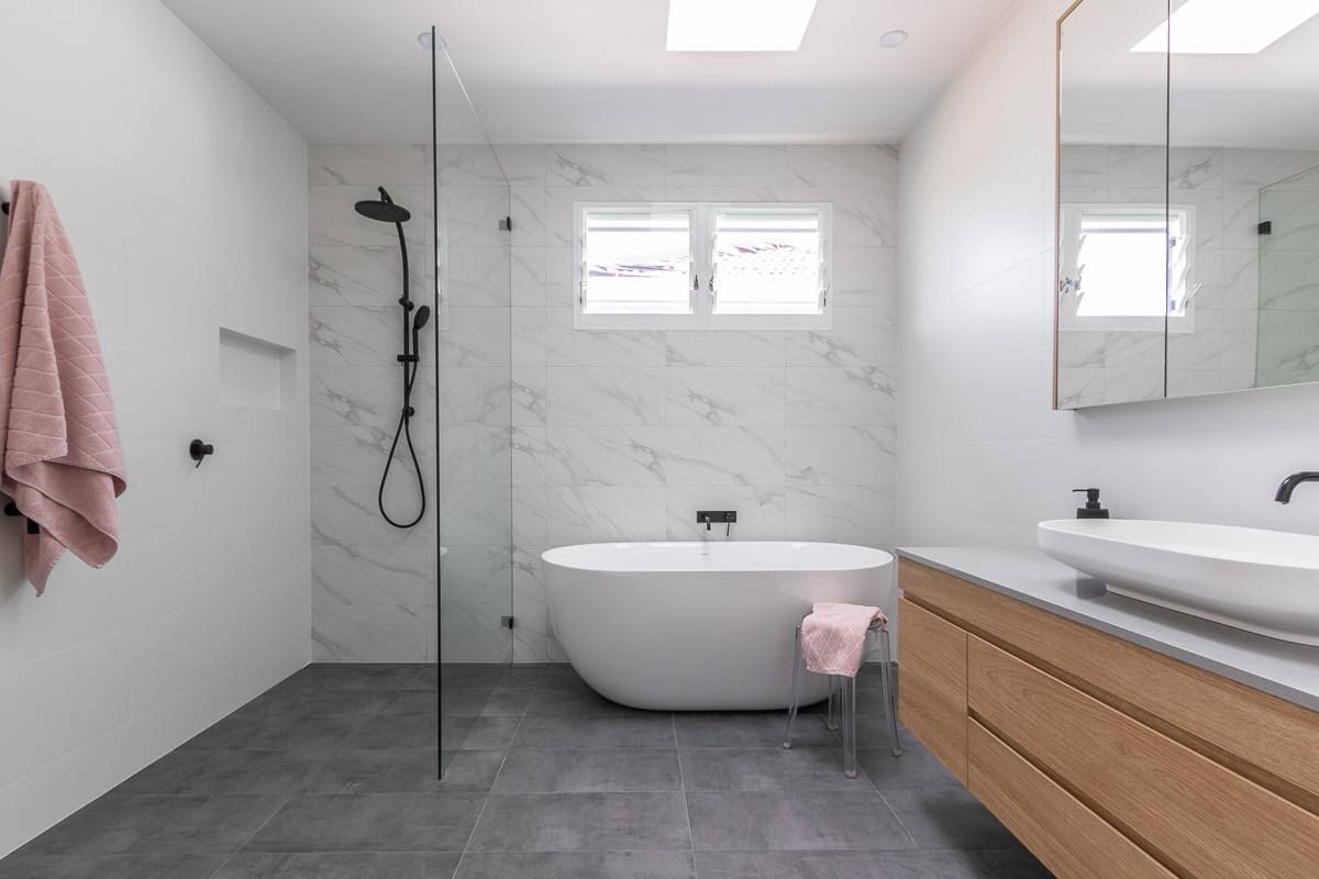 Bathroom styling inspiration with marble | Nimmo Nielsen Collective